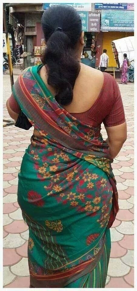 aunty in sarees back view with big gaand picture 5