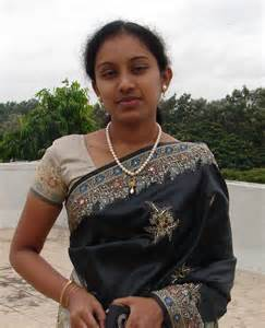 sariyu rathilokam busty women pics picture 9