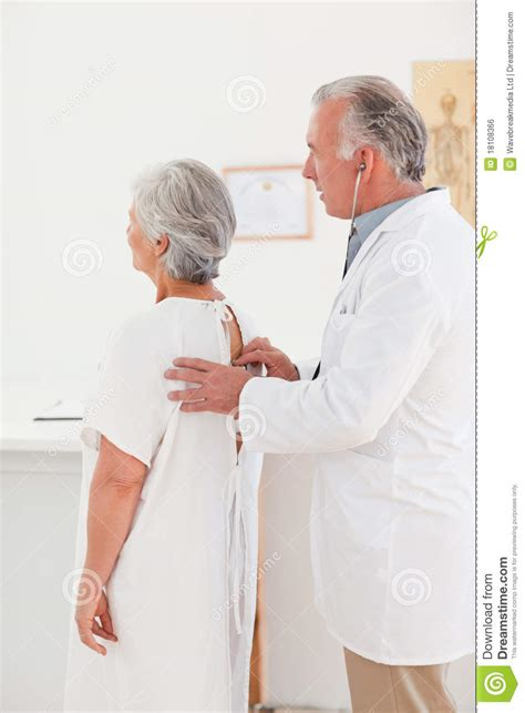 doctor examining his patient picture 2