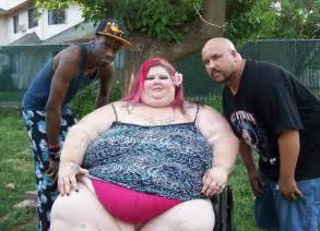 huge fat women squashing men picture 5