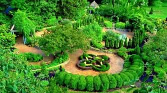 diane galloway herbal garden picture 2