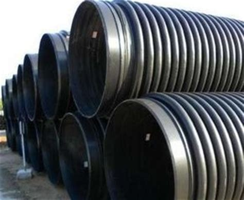 draining a huge long pipe picture 6