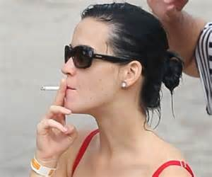 celebrities that smoke 2006 picture 9