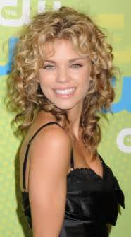 curly hair cuts picture 13