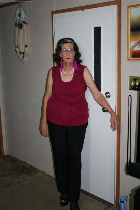 older women archive picture 13