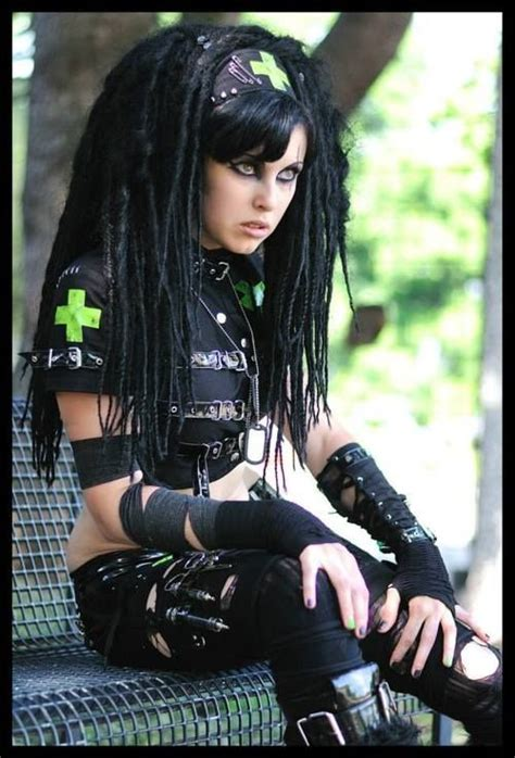 punk hair styles for girls picture 7