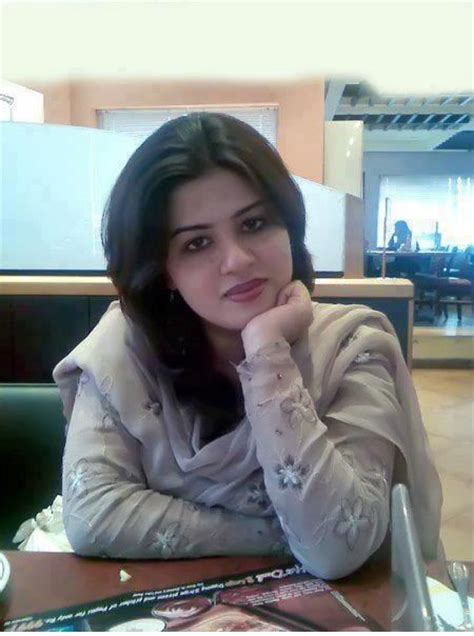 low price call girl desi indian picture 13