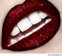 glitter lips picture 3