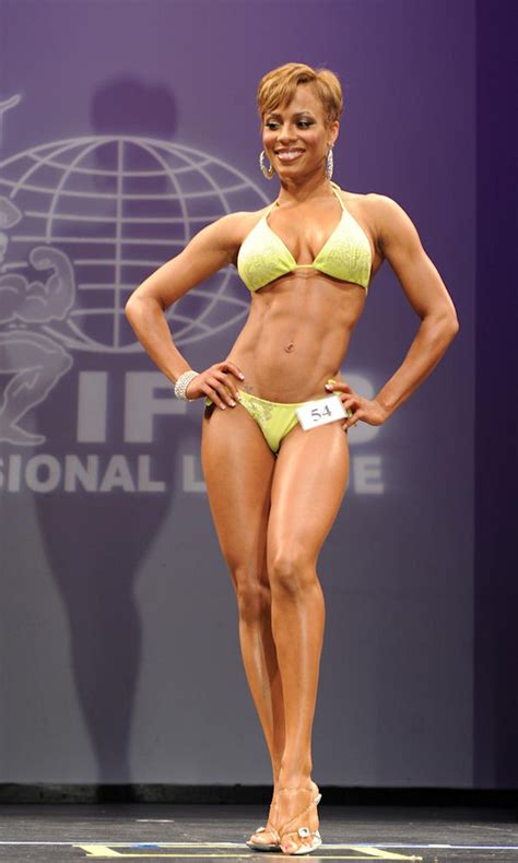 black muscle women picture 1