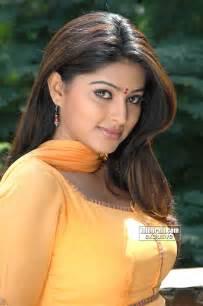 free beautiful face saree big boob south indian picture 5