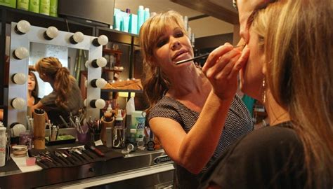 at home makeup business picture 6