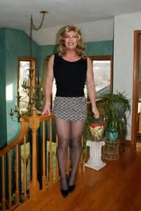 crossdressing permed hair tgirls picture 9