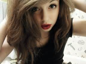 brown hair green eyes girl picture 14