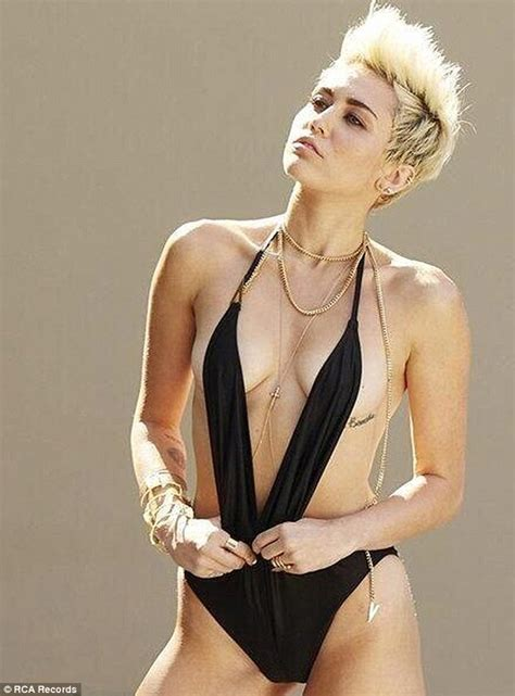 miley cyrus breast morphs picture 14
