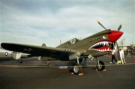 airplanes with teeth picture 6