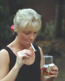 women that smoke methel cigarettes picture 19