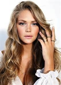 girls pure blonde color hair picture 3