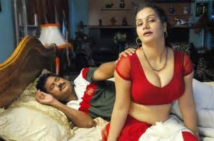 new aunty sleeping bed room 3gpsex picture 5