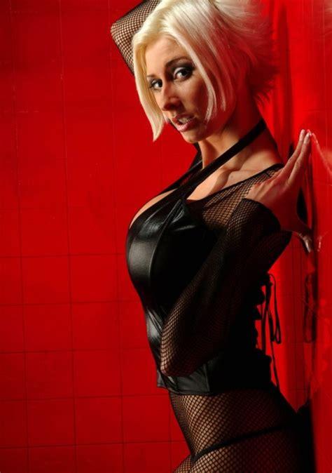 actiongirl marie-claude bourbonnais picture 2