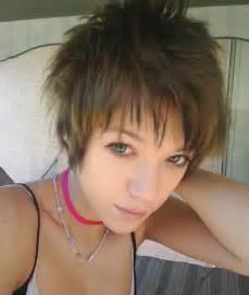 Girlsshort emo hair picture 2