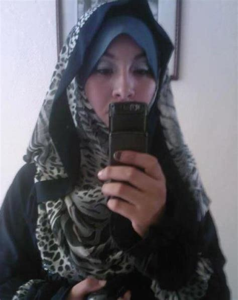 bnat al arab emaratte picture 1