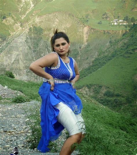 chanda mujra picture 2