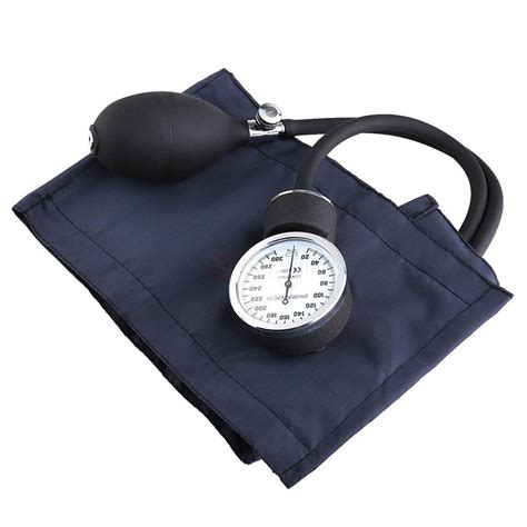how to use a traditional blood pressure cuff and stethascope picture 9