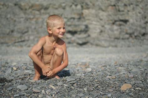 azov country boy picture 5