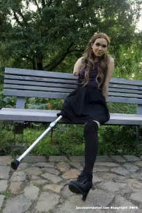amputee woman peg leg picture 11