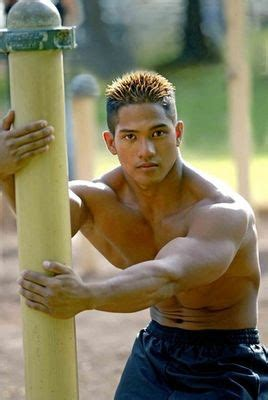 japanese muscle worship picture 6