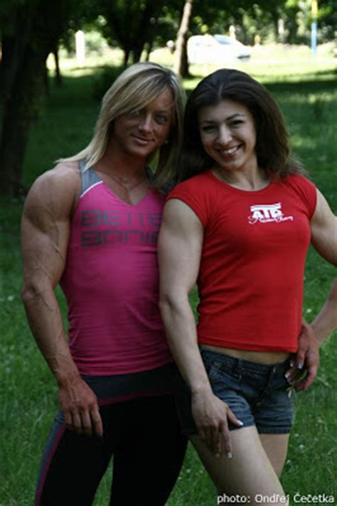 andys muscle goddesses picture 17