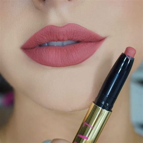 clic reds lip color picture 2