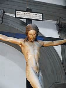 quoom crucified women picture 3