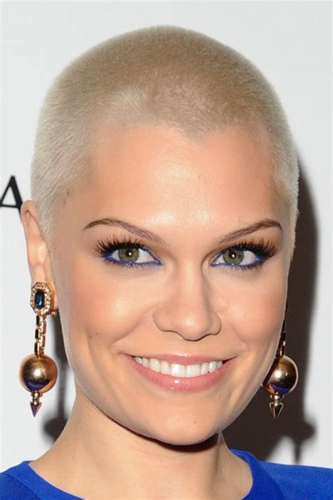 womans hair cuts with clippers picture 3