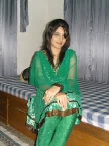 hindi kahani bakre se chudai women picture 3