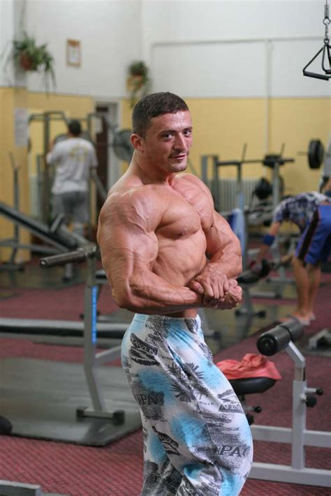emil garin muscle picture 1