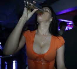 arab shake breast daily motion picture 1