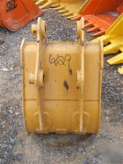 caterpillar backhoe bucket teeth broken picture 15