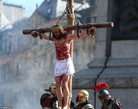 women being crucified picture 18