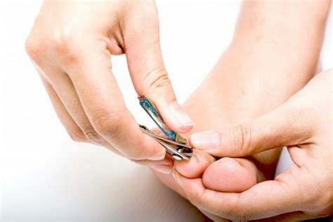 treating nail fungus picture 5