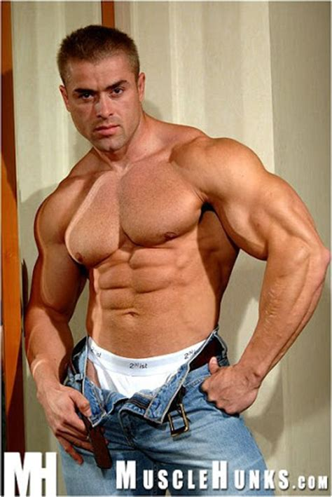 uberto ugo and muscle men vedio 2014 picture 1