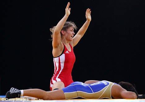 onlain women wrestling picture 11