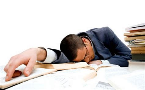 excuses people use when they fall asleep at work picture 2