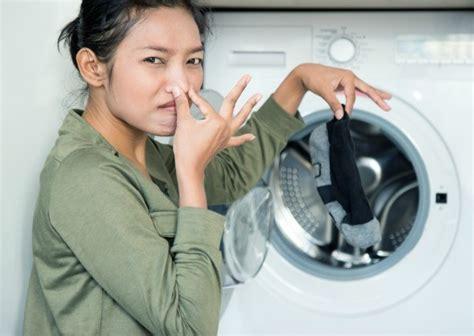 fashion pulis body odor picture 4