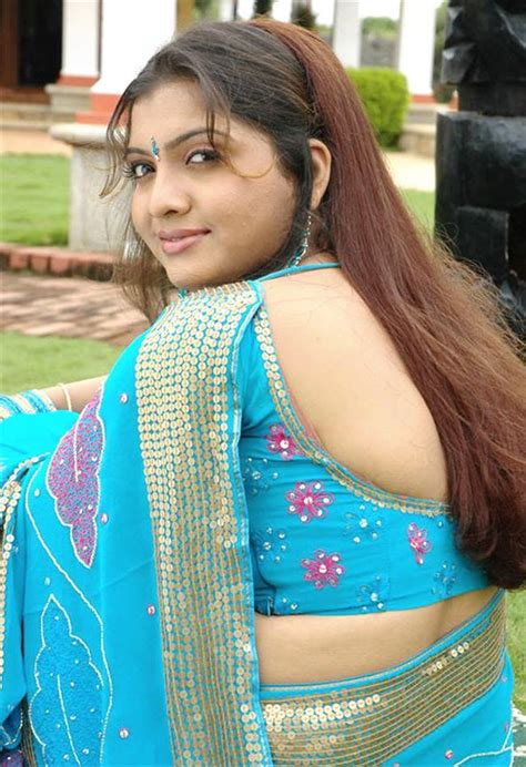 saree ma sexcy images back side picture 2