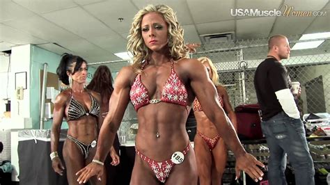 extreme fitness-akila pervis picture 2