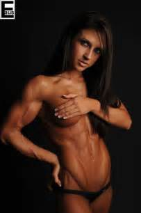 gore female muscle stories picture 2