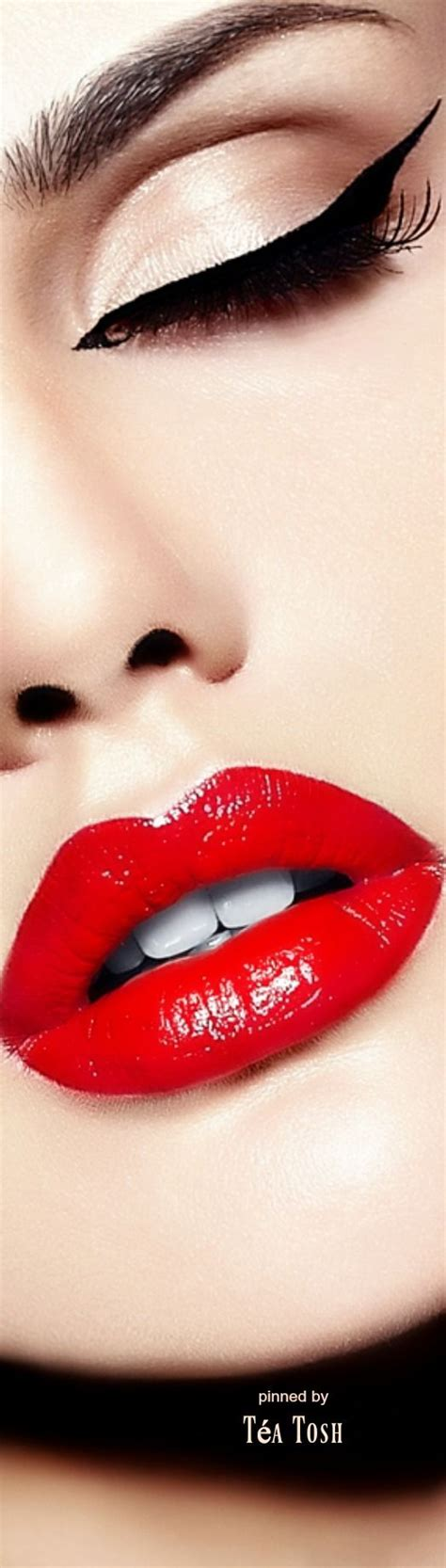 sexsy lips picture 2