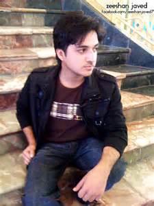 boy loking boy in karachi picture 3