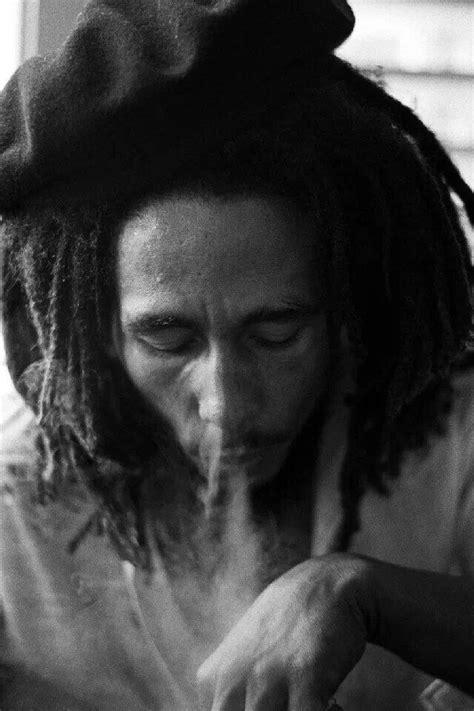 bob marley smoke picture 6